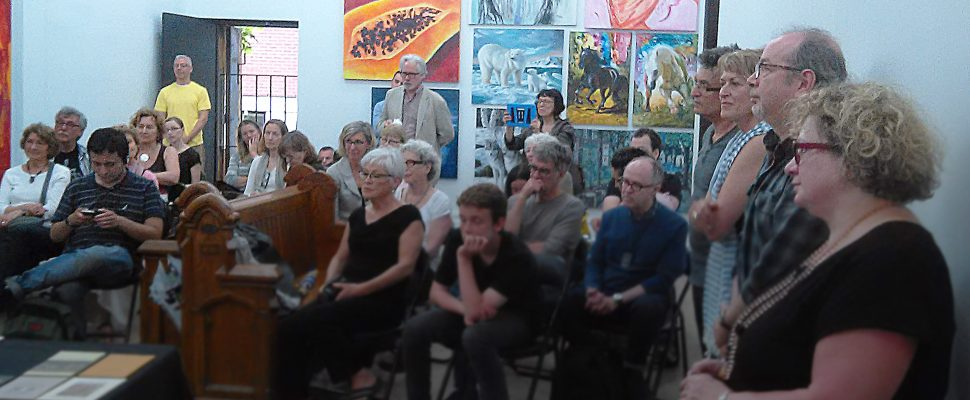 Montreal, an attentive crowd